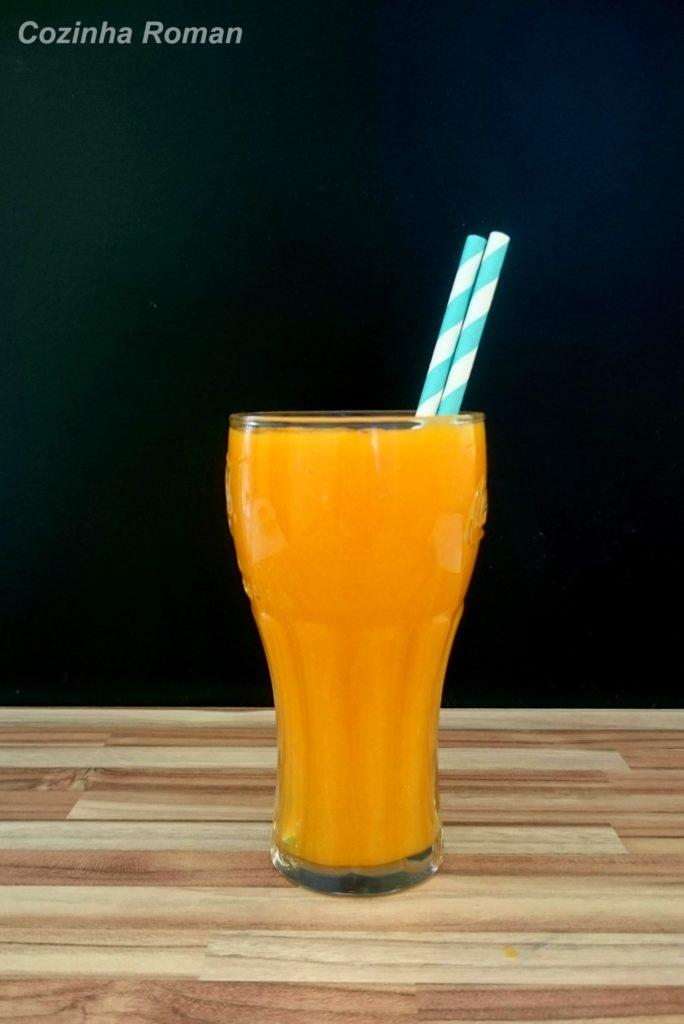 Suco de cenoura docinho